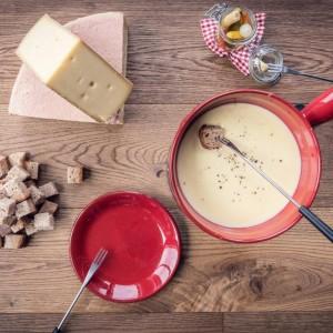 Euses Fondue - homemade cheese fondue